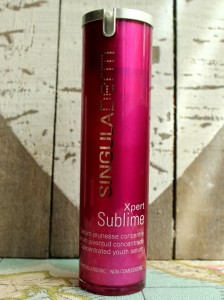 productos-de-belleza-serum-facial-singuladerm-hermanas-bolena